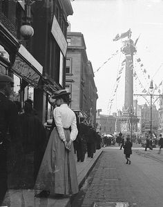 Grainger Street, Newcastle Upon Tyne 1900 Local History, British History, North East England, Sunderland, Places Of Interest, Historical Pictures, Street Photography, White Photography, Old Photos