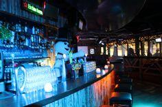 Welkom allemaal in mijn Snowparadijs! Even bijspringen bij de bar.. Iemand iets te drinken?