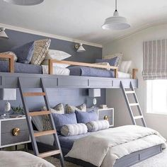 Photo by Homie Lovin - Home Deals on July 04, 2021. May be an image of furniture and bedroom. #Regram via @CQ_EHevAeEq Bunk Bed Rooms, Bunk Beds Built In, Loft Bunk Beds, Full Bunk Beds, Build In Bunk Beds, Built In Beds For Kids, Bunk Bed King, Bunk Beds For Girls Room, Cabin Bunk Beds