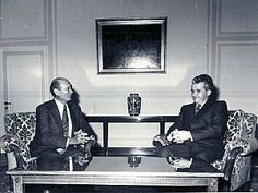 Lovitură de stat 1989   Nicolae Ceauşescu Preşedintele României site oficial Mtv, Halloween, Instagram, Military, Venice, Spooky Halloween