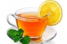 Lemon tea is a tea simply made of hot tea, lemon juice and sugar added to make a delicious taste. Many people love to drink lemon tea during the winter time Detox Tea Diet, Detox Drinks, Healthy Drinks, Master Cleanse, Lemon Detox, Tea Blends, How To Squeeze Lemons, Tea Recipes, Drink Recipes