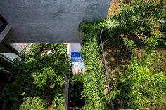 """Avec la maison """"Binh House"""", le studioVo Trong Nghia Architectsa relevé le défi de créer une sorte d'oasis dans un quartier très urbanisé de Ho Chi Minh-"""