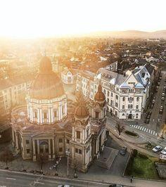 bring you to Târgu Mureș Romania .  Photo by @tibivintur . Tag us or use #travelshotba in your images . Follow:  @travelshot.ba @travelshot.eu . . . . . . . . . .