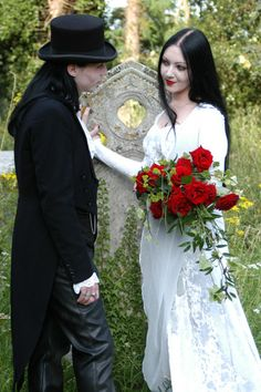 #Gothic wedding with bride in white by tombstone