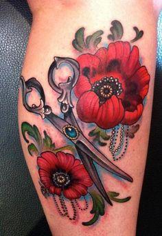 Znalezione obrazy dla zapytania poppy tattoo oldschool