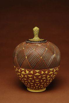 David MacDonald carved dish with lid Ceramic Pottery, Pottery Art, Ceramic Art, Pottery Sculpture, David Mcdonald, Clay Design, Jar Lids, Clay Art, Sculptures