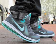 new styles c7b6f 5a126 Nike LeBron Low -