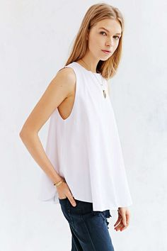 Silence + Noise Circle Hem Muscle Tee - Urban Outfitters