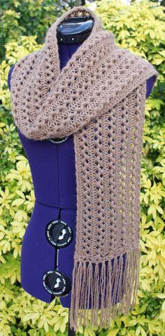 9cca48dbbb04 Écharpe en laine et mohair, étole dentelle, tour de cou snood, foulard fait  main marron clair glacé