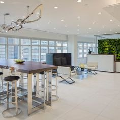 MOI Reception and Guest Entertainment lounge   Meadows Office Interiors