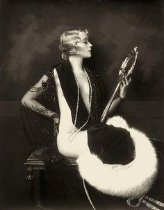Ziegfeld Girl Dame Marion Davies 1929