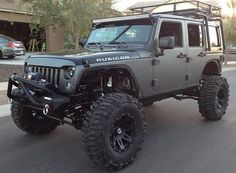 Nice Jeep Rubicon...ready for some adventure.