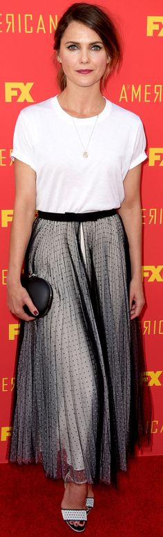 Who made Keri Russel's black polka dot skirt, clutch handbag, and white print sandals? Keri Russell Style, Elizabeth Jennings, Fashion Dictionary, Celebs, Celebrities, Red Carpet Fashion, Star Fashion, American Actress, Lace Skirt