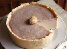 Este ha sido el principal uso de la crema dulce de castañas : tarta fría de castañas y cuajada recubierta con una fina capa de más  crema d...