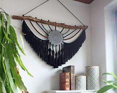 ideas wall tapestry boho mandalas for 2019 Macrame Art, Macrame Design, Macrame Projects, Bohemian Tapestry, Wall Tapestry, Mandala Tapestry, Art N Craft, Macrame Patterns, Crafty Craft