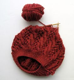 updated version of sugar mountain beret. wip. http://www.ravelry.com/patterns/library/sugar-mountain-beret