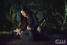 """The Vampire Diaries -- """"Stand by Me"""" -- Pictured (L-R): Nina Dobrev as Elena and Steven R. McQueen as Jeremy -- Image Number: VD415c_0441.jpg -- Photo: Bob Mahoney/The CW -- © 2013 The CW Network, LLC. All rights reserved."""