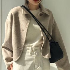 Image discovered by Veronica. Find images and videos about girl, fashion and style on We Heart It - the app to get lost in what you love. Chic Outfits, Fashion Outfits, Womens Fashion, Fashion Tips, Girl Fashion, Pinterest Fashion, Korean Outfits, Minimal Fashion, Korean Fashion