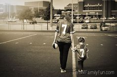 Mommy daughter photo idea, mother daughter photo session ideas #photography #texas #longhorns