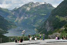 The famous view over Geiranger from Flydalsjuvet viewing platform.  Norway...  look back up    Photo: Jarle Wæhler