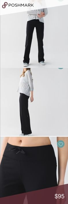 Relaxed fit pant Brand new never worn, too big for me lululemon athletica Pants Boot Cut & Flare