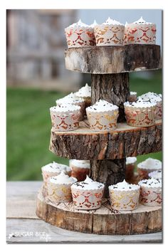 make your own rustic cupcake liners and stand