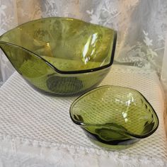 Avocado Green Glass Bowls, Chip and Dip Set, Large 1970s Style Party Bowls by VisualaromasVintage on Etsy