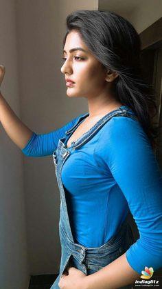 Beautiful Girl In India, Beautiful Girl Photo, Beautiful Asian Girls, Beautiful Women, Stylish Girl Images, Stylish Girl Pic, Beautiful Bollywood Actress, Most Beautiful Indian Actress, Beauty Full Girl