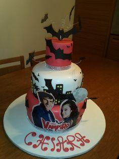 Chica Vampira Cake