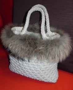 Borsa panna con pelo #bag #borsa #fettuccia #winter #invernale