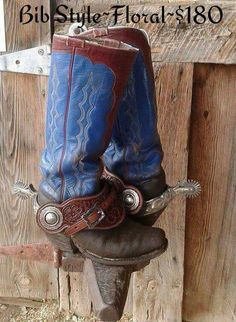 Custom Made Floral Tooled Bib Style Spur Straps by Neely Saddlery Spurs Western, Cowboy Spurs, Cowboy Gear, Cowboy And Cowgirl, Cowgirl Boots, Western Boots, Cowboy Hats, Western Art, Tall Boots