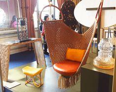 Expo AD Collections - avril 2016 - Swing chair et stool pour Louis Vuitton et vase pour Baccarat de Patricia Urquiola © Zeeloft
