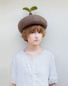 Sprout fully grown version by kreuzzz on Etsy Felt Hat, Wool Felt, Wet Felting, Needle Felting, Fascinator, Headpiece, Forest Girl, Quirky Fashion, Diy Hat