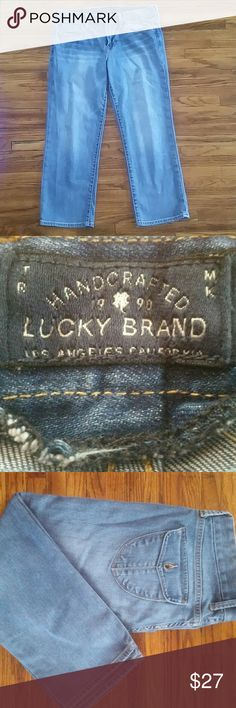 Lucky brand sweet jean crop Lucky crop jeans,  excellent condition!   Flap back pockets with button.  Size 8/29 Lucky Brand Jeans Ankle & Cropped