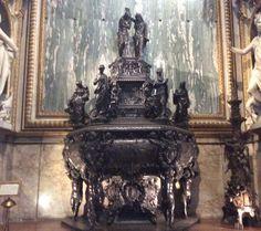 """""""BAPTISTERY"""", bronze baptismal font by Tiburcio Vergelli. It was created between 1600 and 1607. It is located in the first Chapel of the left aisle  of the #SanctuaryofLoreto  ❤  Il """"BATTISTERO"""", fonte battesimale in bronzo di Tiburzio Vergelli, realizzato tra il 1600 e il 1607. E' situato nella prima cappella della navata sinistra del #santuariodiloreto #marchespiritualroute #marchetourism"""