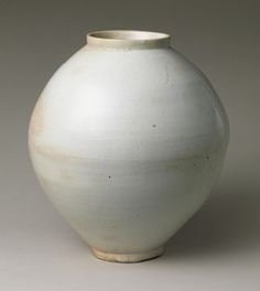 Jar, Joseon dynasty (1392–1910), second half of 18th centuryKoreaWhite porcelain H. 14 ¾ in. (37.5 cm)(1979.413.1) metropolitan museum of art   Source:  Jar [Korea] (1979.413.1) | Heilbrunn imeline of Art History | The Metropolitan Museum of Art