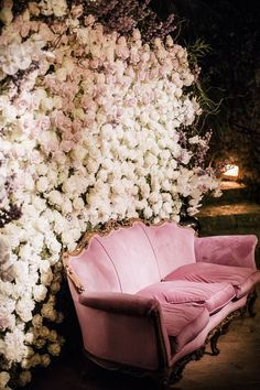 Top 10 Luxury Wedding Venues to Hold a 5 Star Wedding - Love It All Photos Booth, Diy Photo Booth, Photo Booth Backdrop, Debut Backdrop, Flower Wall Backdrop, Wall Backdrops, Wedding Backdrops, Luxury Wedding Venues, Wedding Trends