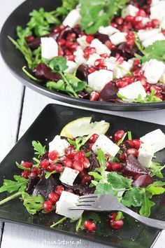 Sałatka z pieczonych buraków z fetą Healthy Salad Recipes, Fruit Recipes, Healthy Snacks, Vegan Recipes, Healthy Eating, Supper Recipes, Good Food, Food And Drink, Meals