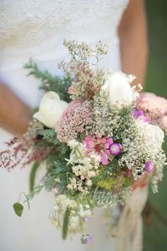 #Bouquet    Jenny Moloney Photography   #SMP Weddings: http://www.stylemepretty.com/massachusetts-weddings/marthas-vineyard/sailing-camp/2013/12/04/marthas-vineyard-wedding-from-jenny-moloney/