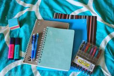 7 must-have school supplies for college