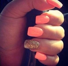 Light coral nails with gold glitter accent. Perfect nails for going out! Love Nails, Gorgeous Nails, How To Do Nails, My Nails, Perfect Nails, Vegas Nails, Style Nails, Amazing Nails, Neon Nails