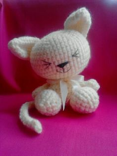 MadCan Kawaii Amigurumi Crochet Cat.