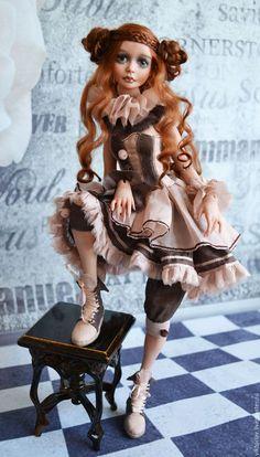 Коллекционные куклы ручной работы. Лея, фарфоровая шарнирная кукла. Виктория Воронова. Ярмарка Мастеров. Подарок, пьеро, кожа натуральная
