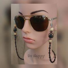 Sunglasses Holder, Sunglasses Women, Fashion, Moda, Fashion Styles, Fashion Illustrations