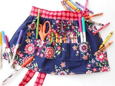 Crayon apron - cute DIY gift idea for a little one!