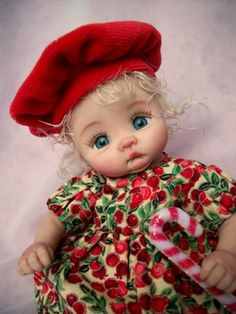 """❤OOAK HAND SCULPTED CHRISTMAS '""""HOLLY"""" BY: JONI INLOW* DOLLY-STREET❤"""