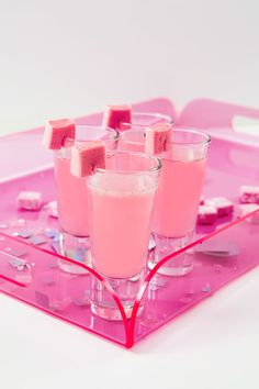 This drink tastes exactly like your favorite candy and is a perfect starter for a great night.