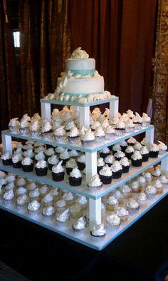 Beach wedding cake  and cupcakes