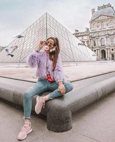 Travel Girl Paris ideas for 2019 – girl photoshoot poses Paris Photography, Photography Poses, Travel Photography, Paris Pictures, Paris Photos, Girl Pictures, Picture Poses, Photo Poses, Picture Ideas