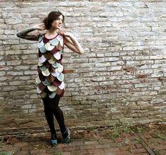 me encanta este vestido de pájaro y su patrón es bastante sencillo...